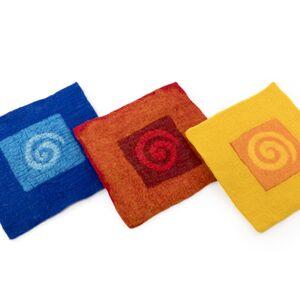 Filzstuhlkissen in drei verschiedene Farben-werky